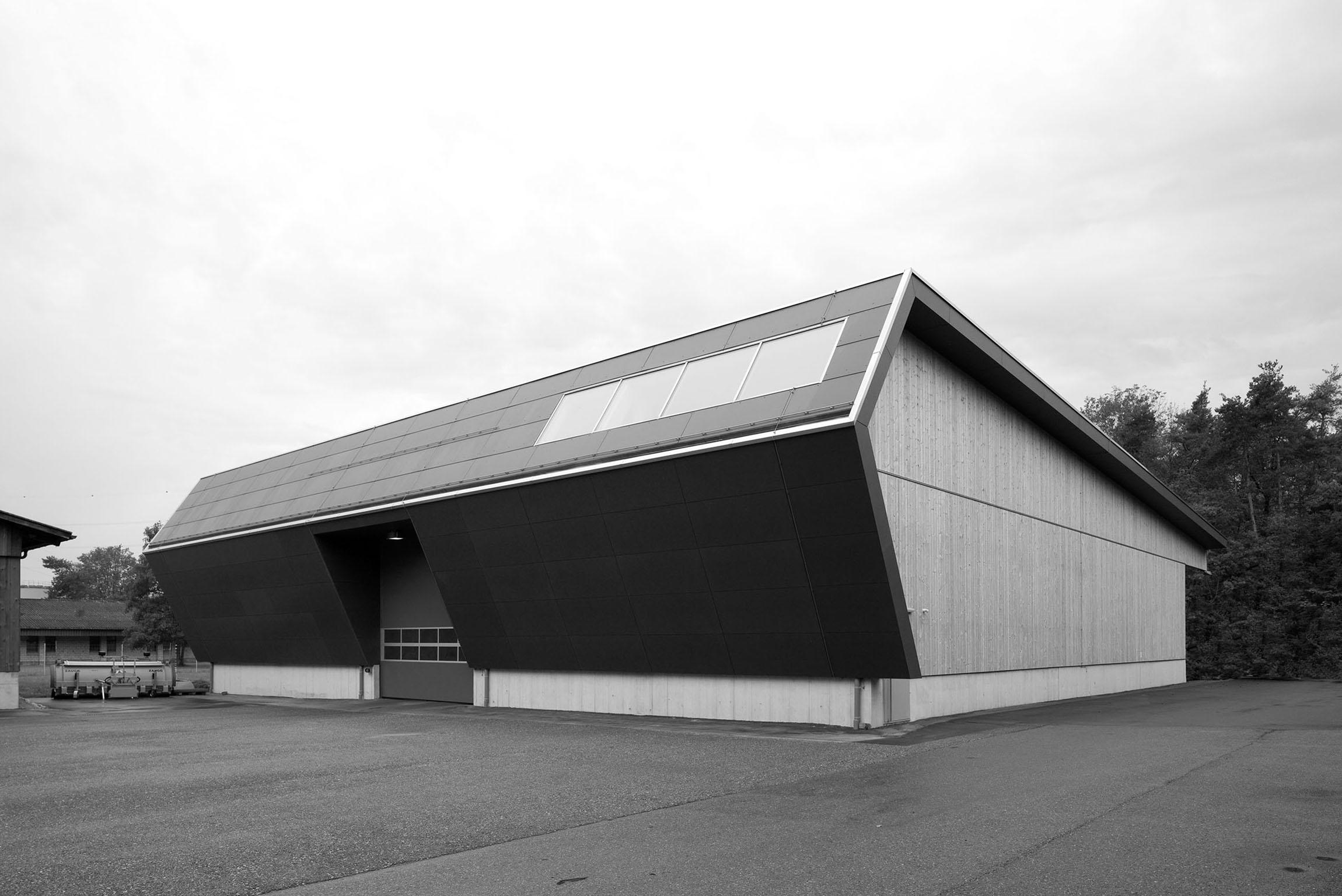 Fahrzeughalle Kappelen 1